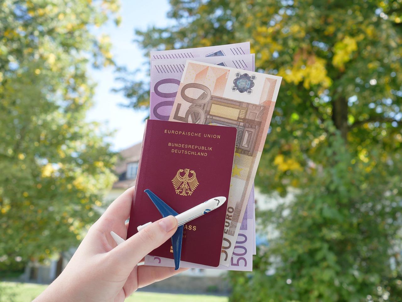 passport-4532483_1280